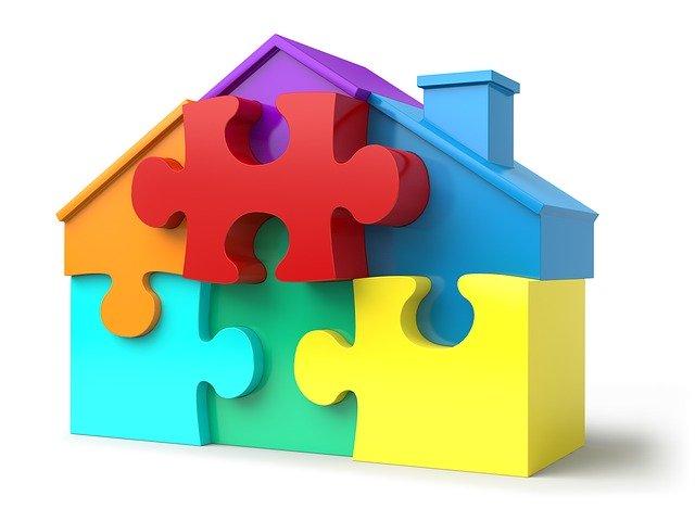 domeček z puzzlí